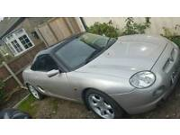 Mgf convertible with hard top