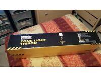 Defender E712882 ZONE LIGHT TRIPOD STAND