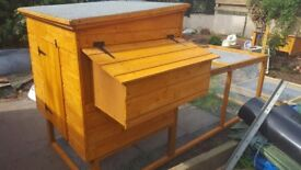 Chicken coop with double nesting box and run for uo to 6 birds.