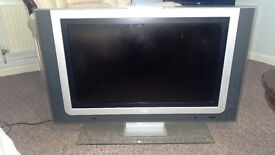 Philips 32'' Ambilight LCD TV