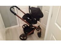 Hauck twister travel system 'as new'