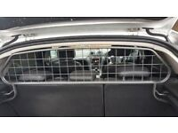 Dog Guard from Mondeo Hatch Mk 4, 2007-2014