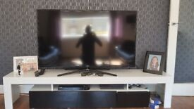 52 inch hd 3d tv and unit and 3d movie smart player