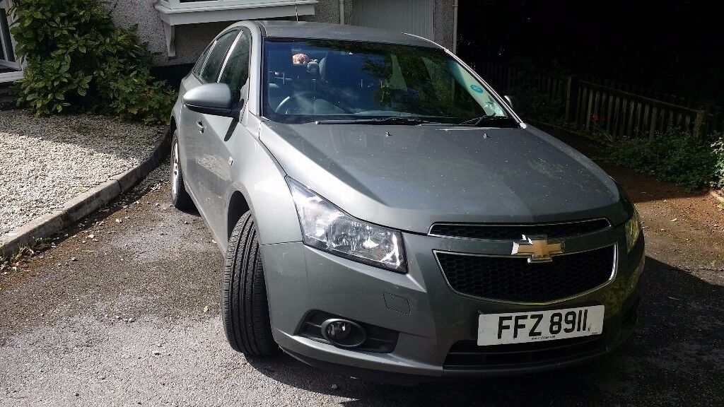 Grey Chevrolet CRUZE 1.6 Good Condition