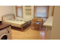 Nice Studio to Let in Islington, Dss Welcome
