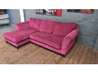 DESIGNER CORNER SOFA CHAISE VERY NICE VERY COMFY CAN DELIVER