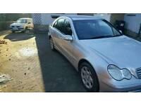 Mercedes benz c220 2004 * 10 months mot* (not vectra mondeo a4 passat octavia)