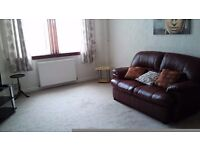 1 bed property in a quiet area of paisley available for rent, part finished