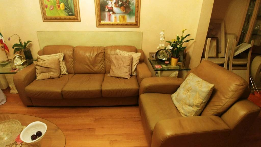 3 seater, 2 seater AND 1 seater sofa set £100