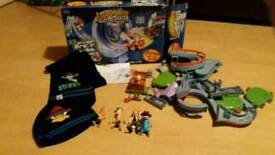 Phineas & ferb ultimate rollercoaster playset, hat & scarf & 4 action figures