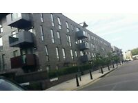 HERE WE HAVE A 3/4 BEDROOM FLAT IN LIMEHOUSE E1 4QR THIS IS VERY SPACIOUS £2,685PCM AVAILABLE NOW !!