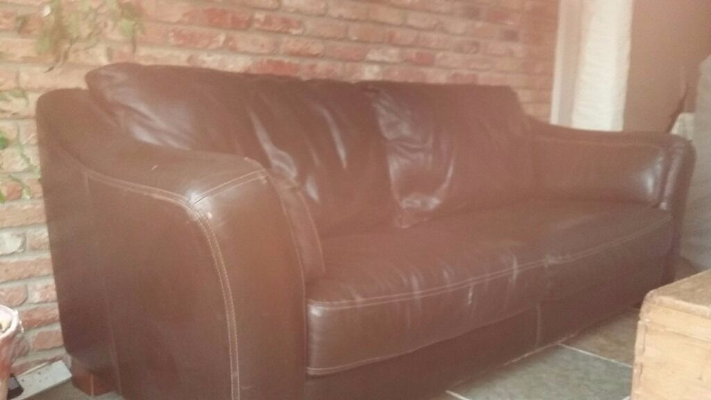 Reduced to clear!! Used Leather sofa from DFS