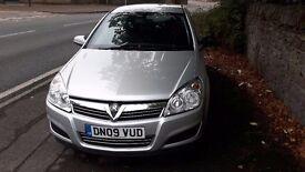 2009 - Vauxhall Astra 1.6 16V Life 5dr 65,000 miles 1 Years MOT