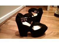 Ladies Wedged Black suede look shoes