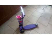 Maxi Micro Scooter Purple with Coloured T-Bar - Limited Edition