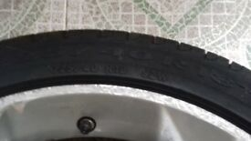 Vauxhall vectra tyre with rims of size R18 225/40