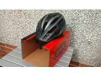 4 AS NEW CONDITION MENS AND LADIES BELL AND GIRO BIKE HELMETS
