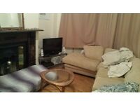Double bedroom in friendly Roath houseshare