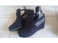 wedge ankle boots size 2