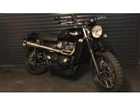 Triumph Street Scrambler Vance and Hines non Cat Pipe and TKC 80 Tyres