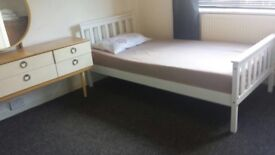 Large, furnished double bedroom in Blackbird Leys