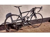Giant TCR carbon road bike M. Full Shimano Ultegra 10spd, immaculate condition.