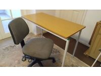 Office desk with chairs £35, can deliver