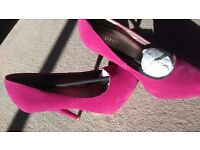 Pink high heel shoes size 6 never worn