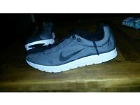 Brand new size 8 nike trainers