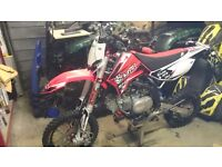 Apollo rfz 150 elite s lmx top of the range cost 1500 as new 1hr OFFERS pit bike motorbike off road