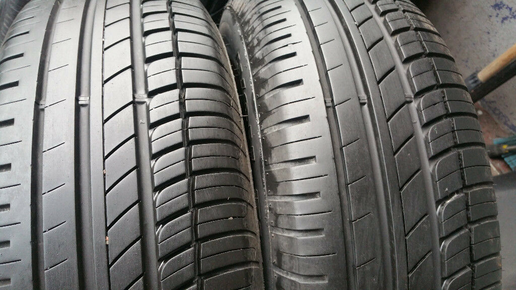 195 65 15 2 x tyres Avon ZV5