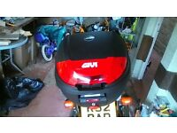 givi E300N mono lock top box and honda firestorm vtr1000 mono rack