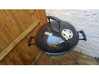 Barbecue Grill King with accessories and coal - never used