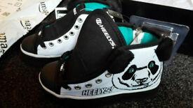 HEELYS X2 ZOO 3D PANDA BRAND NEW ROLLER SKATES UK 11