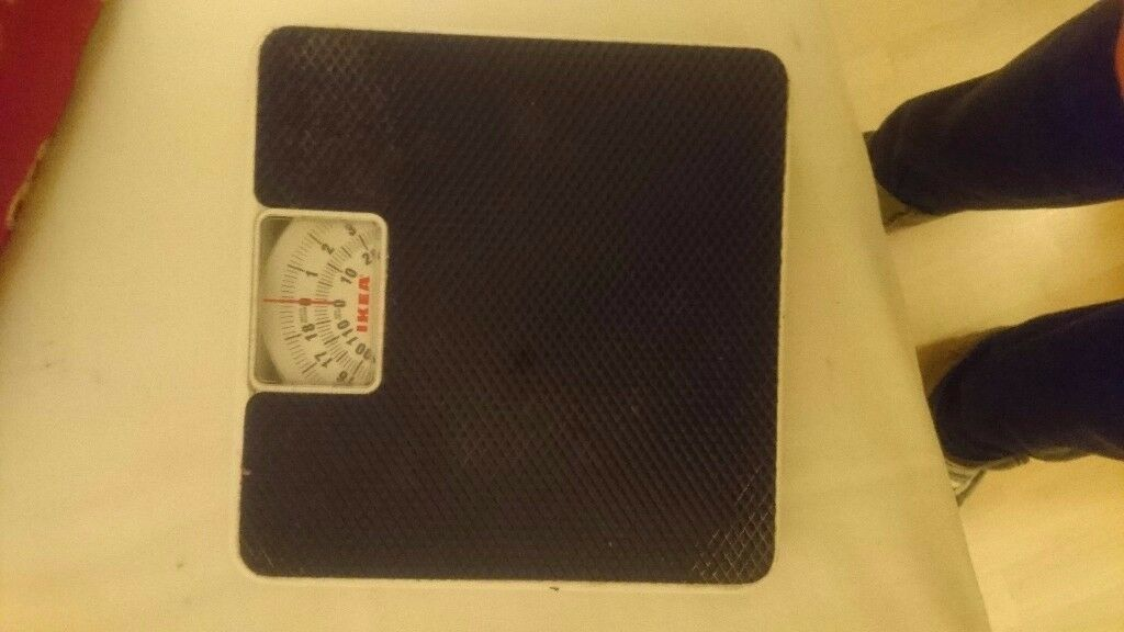 Fully working bathroom scales