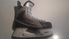 Ice Skates - Bauer Vapor - Size 8 - 8.5
