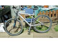 GT hybrid mens bike