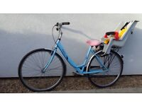 Ladies bike with child seat and pink toddler helmet, great starter single speed easy uphills