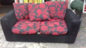 used samantha 3/2 suite. 2pcs black and red.