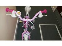 2 wee toddler bikes with stabilisers