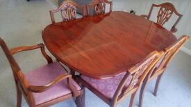 Yew Dining Table & 6 Chairs including 2 Carvers. Extendable, Excellent Condition