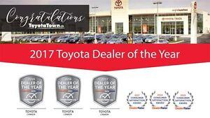 2013 Toyota Sienna LE 8 PASSENGER DUAL POWER SLIDING DOORS
