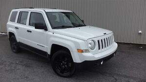 2015 Jeep Patriot 4x4==Sport Altitude