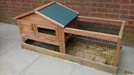 Guinea pig hutch/run
