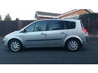 Renault grand scenic . 2007 . automatic . 7 seater