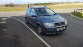 *Fiat punto* 2004 1.2 petrol 83,000 miles MOT Nov 2018