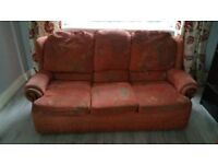 Sofa Suite 3+1+1 in good condition