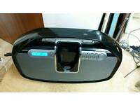 Cd player with docking station in excellent condition