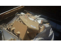 Builders bag full og kindling/firewood