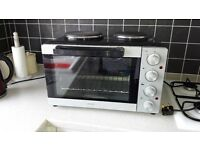 Mini Oven in excellent condition